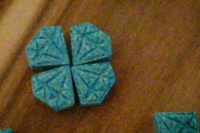 Izdano je upozorenje zbog plavih ecstasy tableta u obliku dijamanta