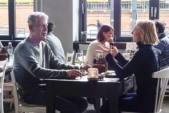 """Anthony Bourdain je u Berlinu ručao s Ellen Allien u zadnjoj epizodi emisije """"Parts Unknown"""""""