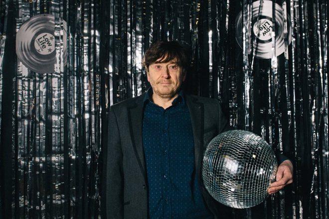 """Bill Brewster: """"Gotovo sve što se uzima zdravo za gotovo u elektroničkoj plesnoj glazbi dogodilo se pod discom"""""""