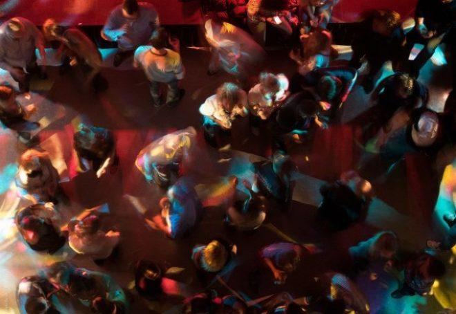 165 ljudi pozitivno na koronavirus nakon partijanja u jednom nizozemskom klubu