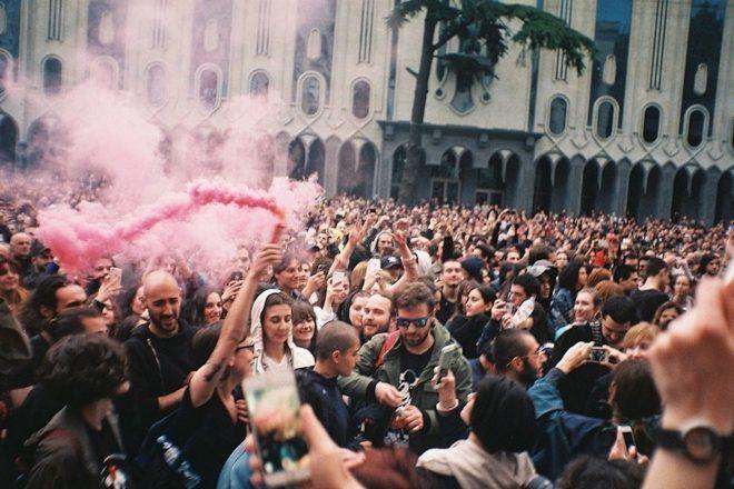 U novom dokumentarcu istražena je 'rave revolucija' u Gruziji