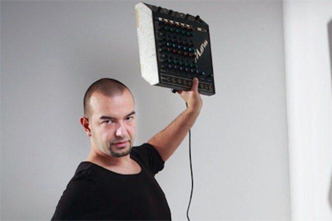 Premijera: KiNK i DJ Elon