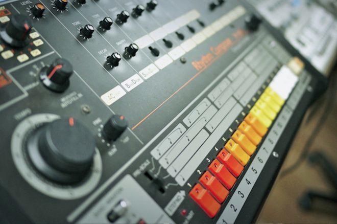Roland najavio softverske verzije TR-808 i TR-909 ritam mašina