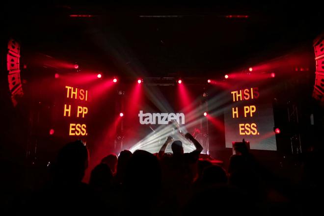 Prva godišnjica Tanzena uz futuristički zvuk Kompakta