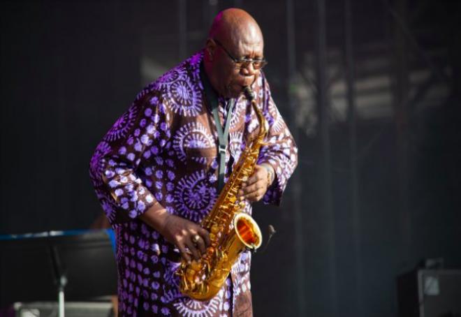 Legendarni jazz i funk glazbenik Manu Dibango preminuo od koronavirusa