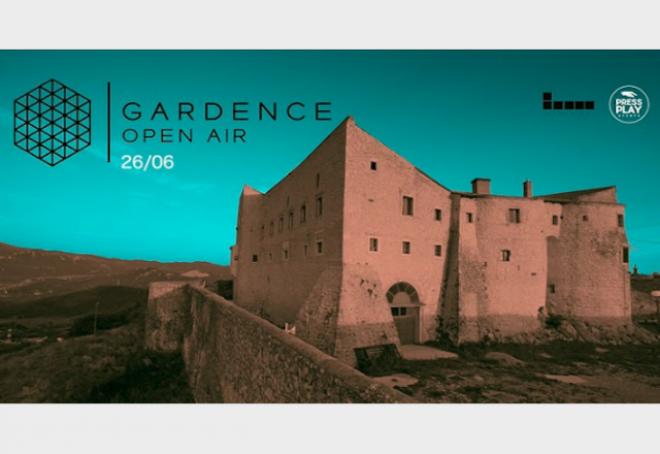 Dana Ruh i PEZNT ovaj petak na Gardence Open Airu