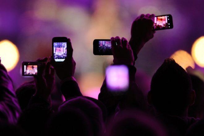 Adria Vibe: Pošalji fotku s partya i osvoji upad na sljedeći po svom izboru