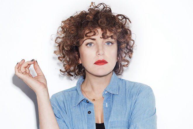 Annie Mac kaže da mobiteli uništavaju iskustvo klabinga