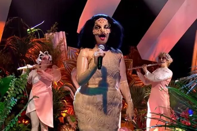 Pogledajte prvi televizijski nastup Björk u posljednjih osam godina