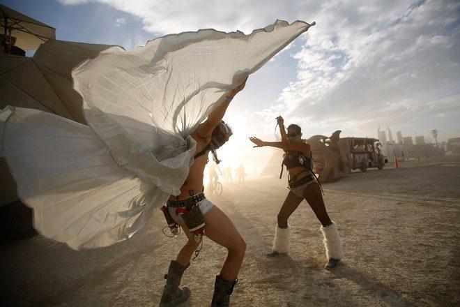 Burning Man se bori protiv influencera