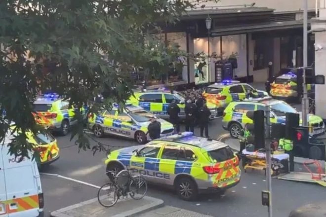 Sjedište Sony Musica u Londonu evakuirano nakon što je dvoje ljudi izbodeno