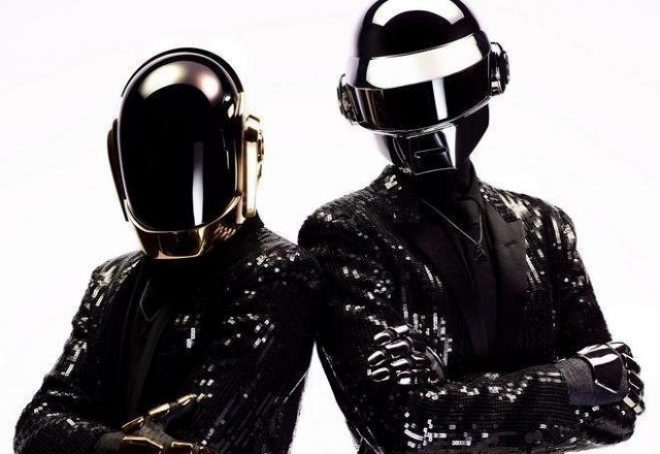 Raspali se Daft Punk!