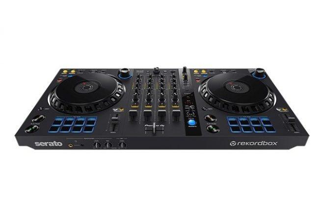 Pioneer DJ i Foundation.fm dijele DJ kontroler i slušalice