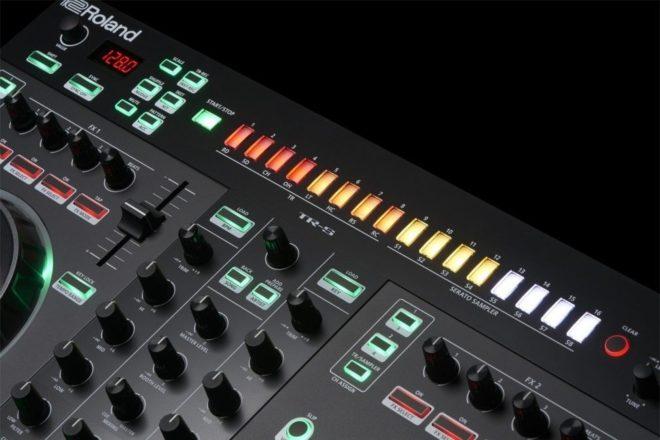 Pogledajte Rolandov novi hibrid ritam mašine i kontrolera