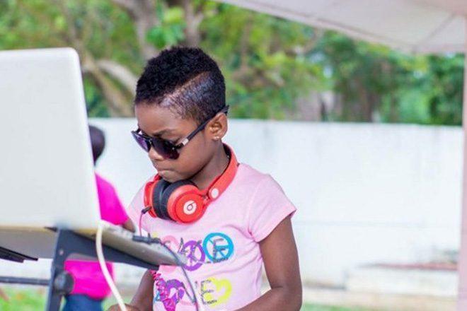 DJ Switch - 10 godišnja ganska senzacija