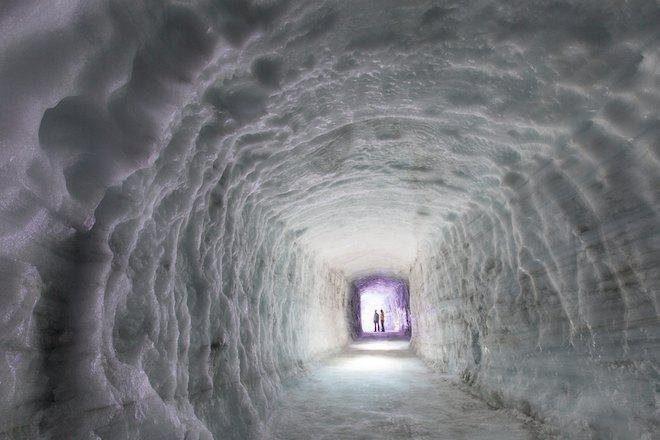 Video: T.E.E.D & Artwork nastupili 520 metara ispod ledenjaka