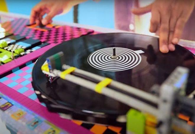 Glazbenik složio funkcionalni DJ deck od - lego kocki