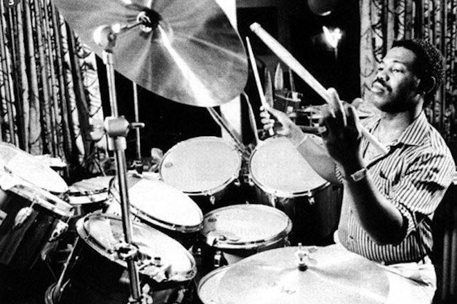 Preminuo bubnjar Michael Jacksona