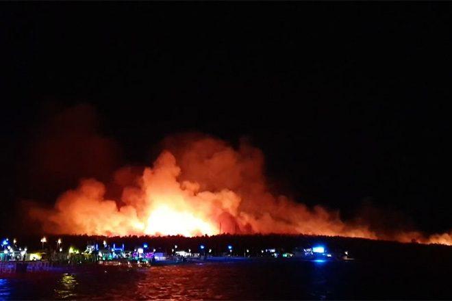 Na Zrću izbio požar!