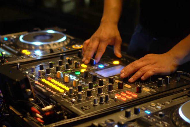 ZAMP DJ 'licence' još jeftinije zbog novog zakona o stopama PDV-a