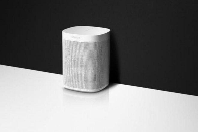 """Sonos One je """"pametni"""" zvučnik koji svira glazbu kada vičete na njega"""