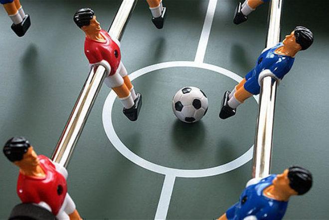 Video: Roboti nepobjedivi u stolnom nogometu