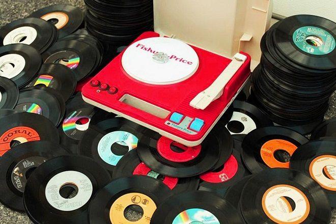 Haker pretvara Fisher-Price gramofone u funkcionalne DJ deckove